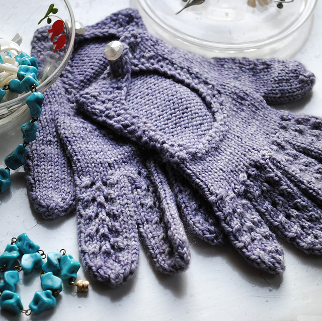 Driving Gloves Knitting Pattern : Driving hat and gloves knitting pattern - herrlichkeiten