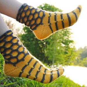 knitting patterns socks walk on