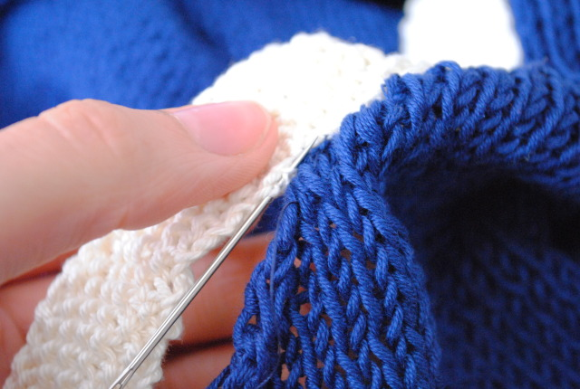 sewing knitting together with backstitch - the backstitch
